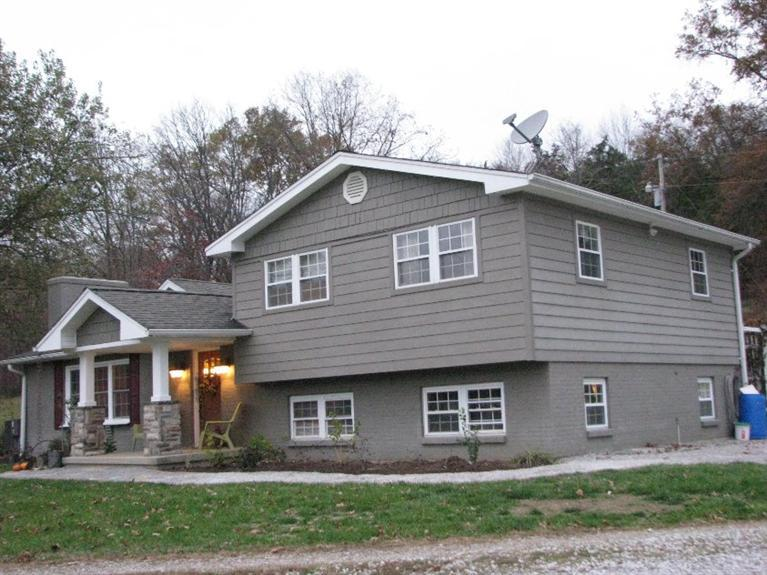real estate photo 1 for 489 Ivor Rd California, KY 41007