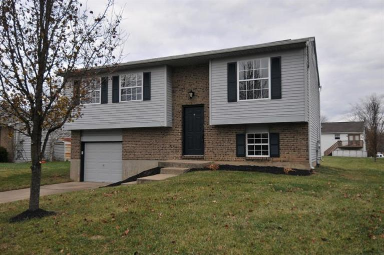 real estate photo 1 for 414 Brookwood Dr Alexandria, KY 41001