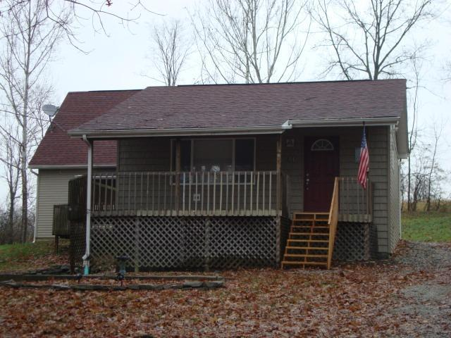 real estate photo 1 for 41 Boone Lake Cir Walton, KY 41094