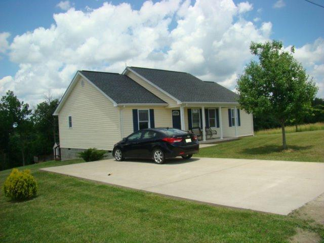 real estate photo 1 for 210 Cedar Point Rd Owenton, KY 40359