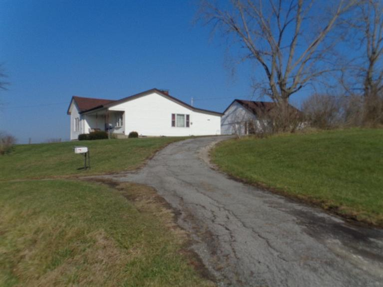 real estate photo 1 for 862 Highway 159 N Falmouth, KY 41040