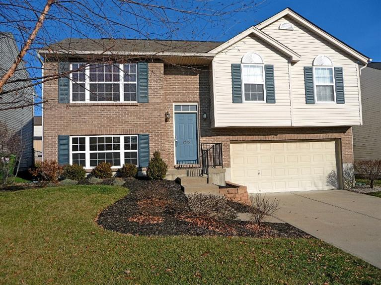 real estate photo 1 for 2505 Hilliard Dr Hebron, KY 41048