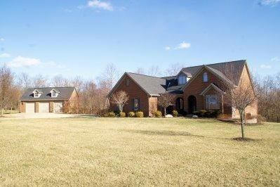 real estate photo 1 for 11900 Oxford Hills Dr Walton, KY 41094