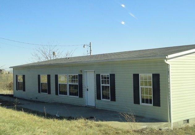 real estate photo 1 for 2134 Hogg Ridge Rd Williamstown, KY 41097
