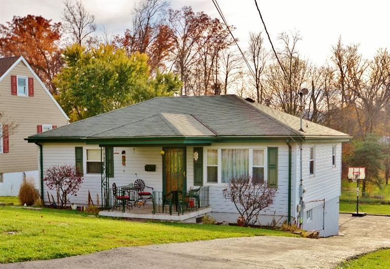 real estate photo 1 for 69 Utz Dr Florence, KY 41042