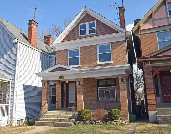 real estate photo 1 for 2036 Greenup St Covington, KY 41014