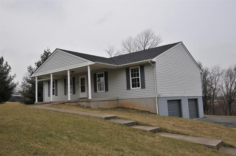 real estate photo 1 for 530 Mars Dr Verona, KY 41092
