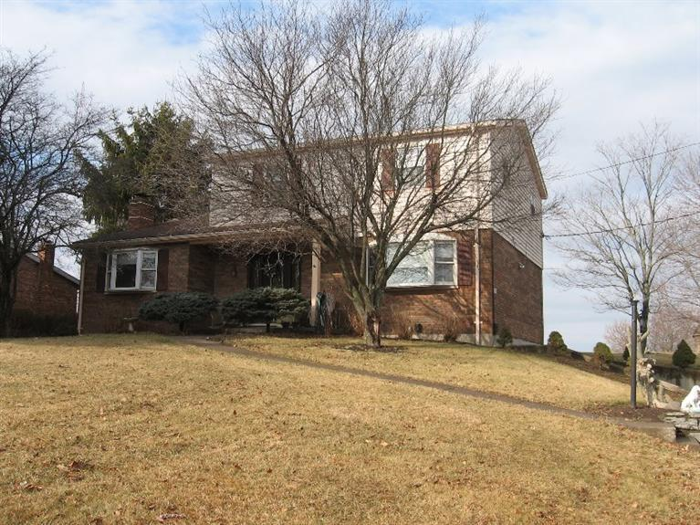 real estate photo 1 for 6212 Murnan Rd Cold Spring, KY 41076