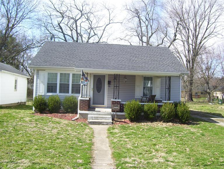 real estate photo 1 for 407 Pendleton St Falmouth, KY 41040