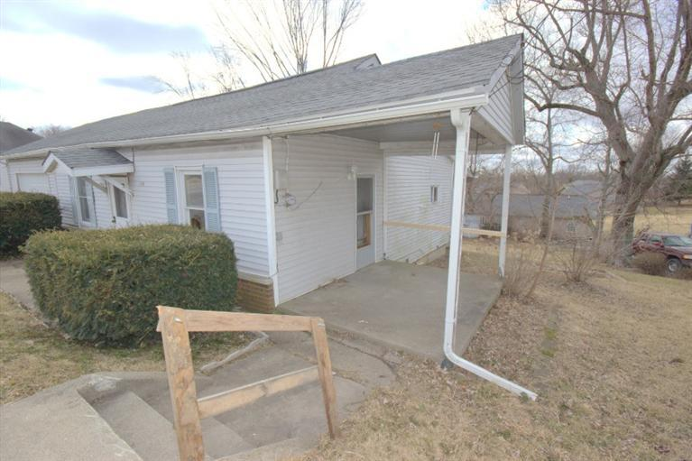 real estate photo 1 for 114 S Main St Crittenden, KY 41030
