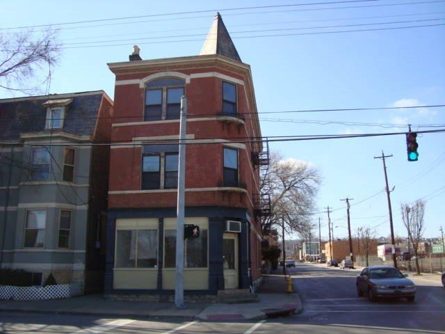 real estate photo 1 for 801 Greenup St Covington, KY 41011