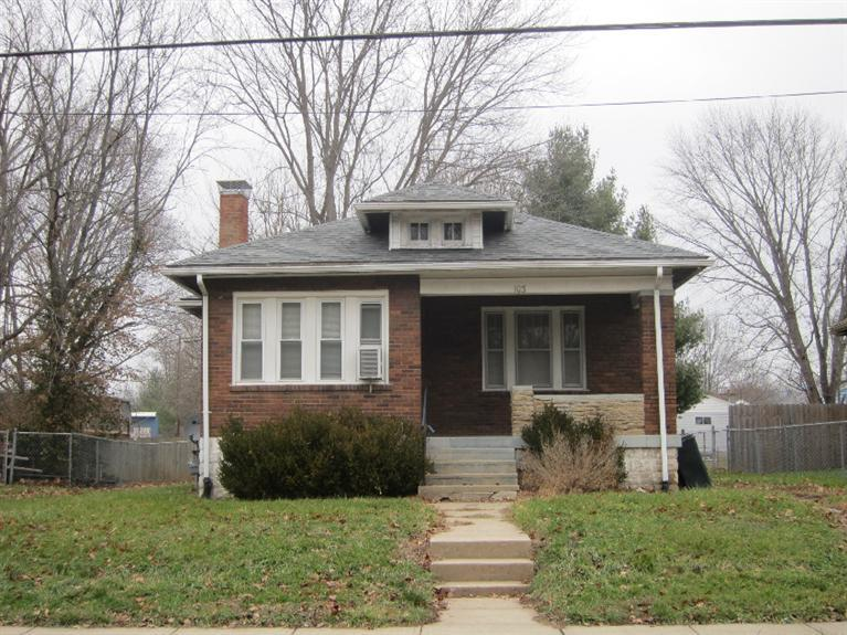 real estate photo 1 for 103 E 3rd St Silver Grove, KY 41085