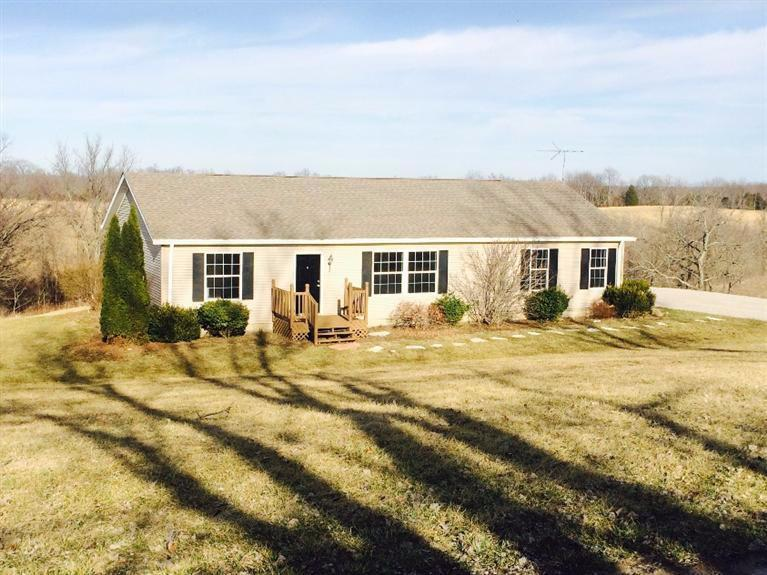 real estate photo 1 for 135 Roberts Rd Owenton, KY 40359