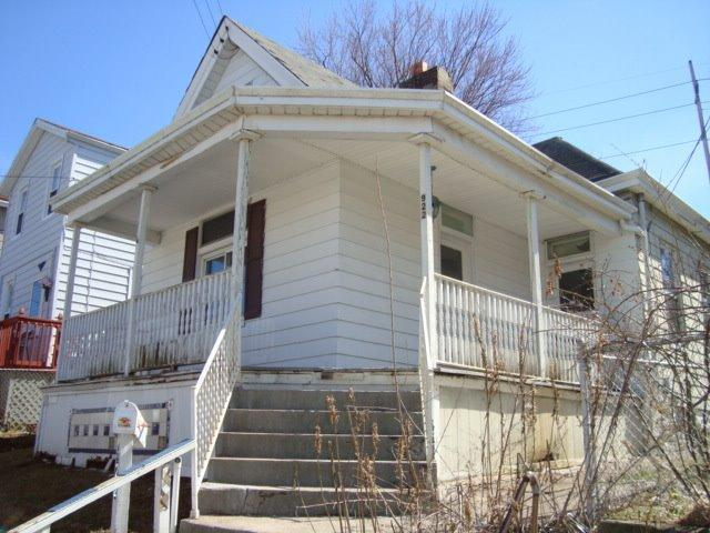 real estate photo 1 for 922 6th Ave Dayton, KY 41074