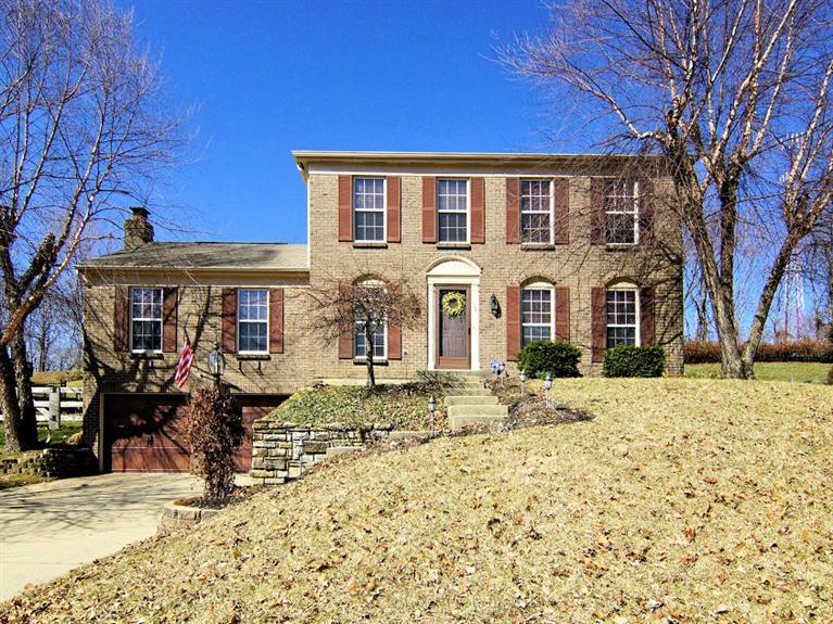 real estate photo 1 for 110 Lake Park Dr Alexandria, KY 41001