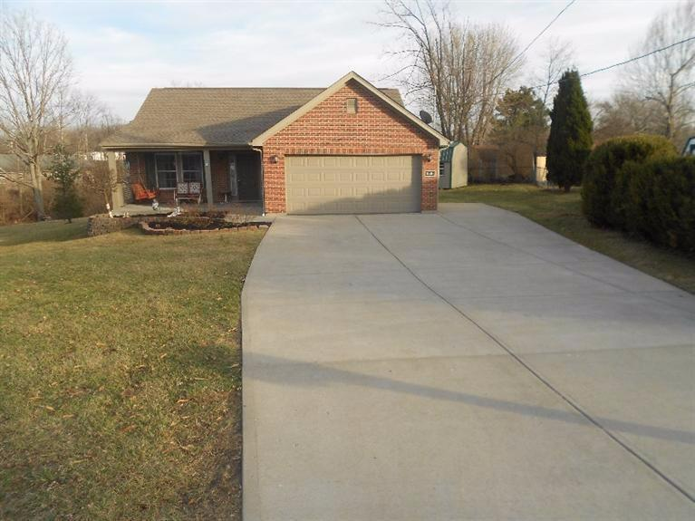 real estate photo 1 for 10264 Knob Hill Dr Florence, KY 41042