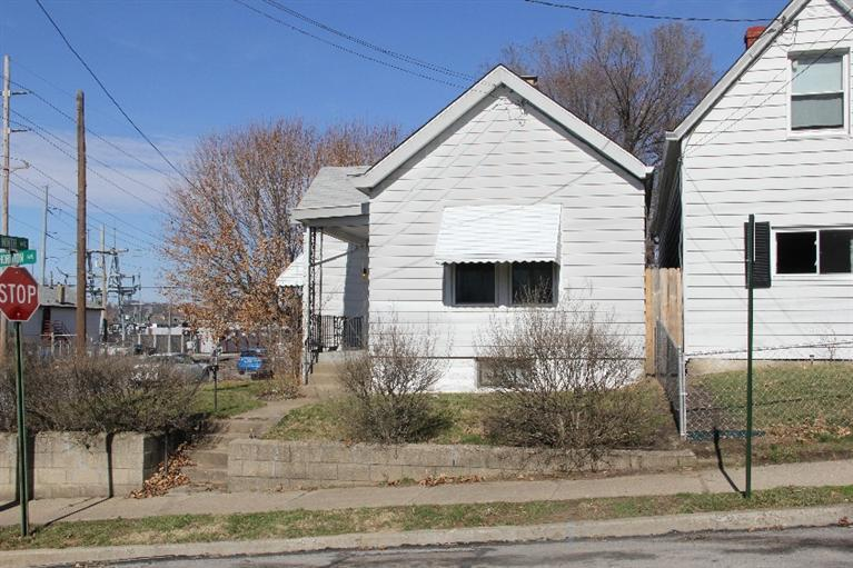 real estate photo 1 for 905 Thornton St Dayton, KY 41074