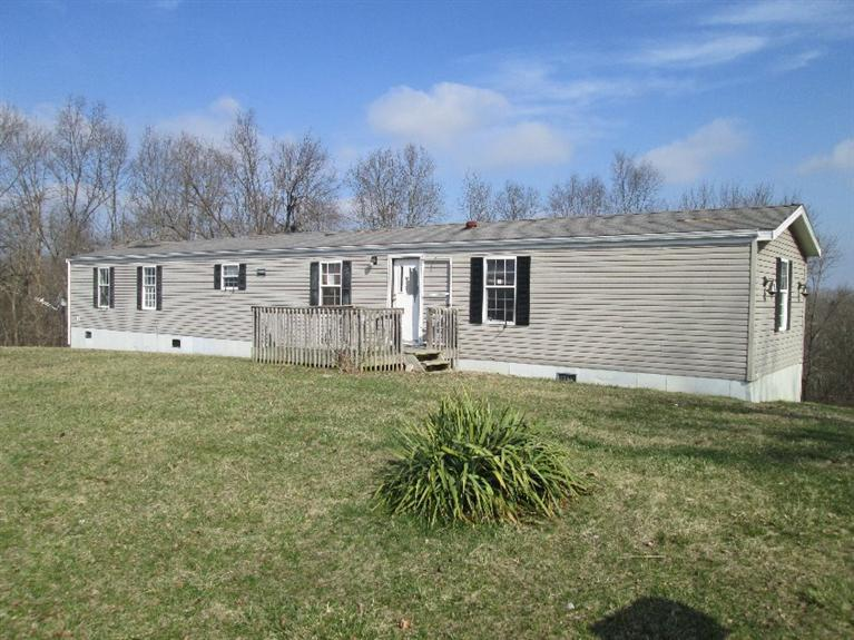 real estate photo 1 for 165 Jones Rd Corinth, KY 41010