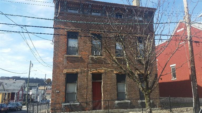 real estate photo 1 for 1039 Lee St Covington, KY 41011