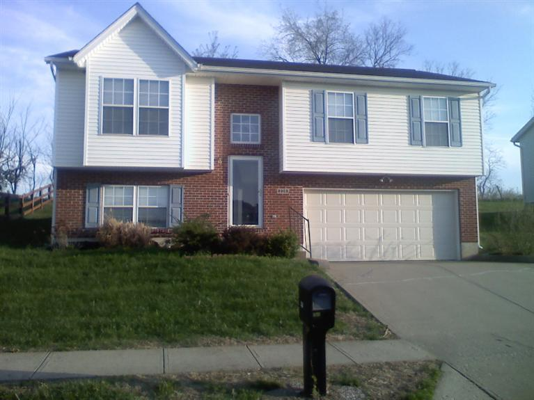 real estate photo 1 for 236 Redwood Dr Dry Ridge, KY 41035