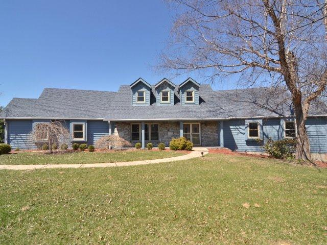 real estate photo 1 for 10145 Tiburon Dr Florence, KY 41042