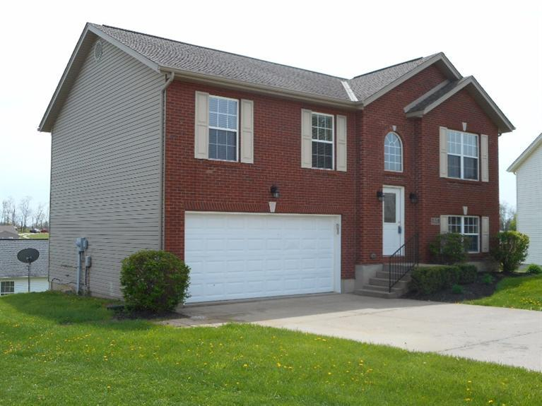 real estate photo 1 for 215 Alexis Cir Dry Ridge, KY 41035