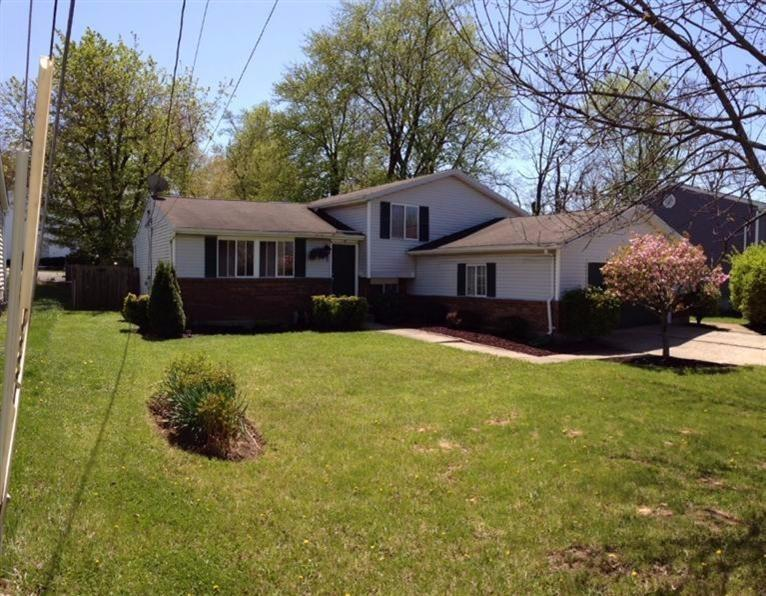 real estate photo 1 for 15 Stonegate Dr Florence, KY 41042
