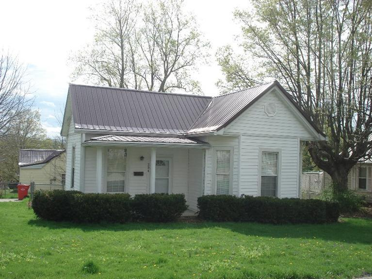 Photo 1 for 204 Third St Cynthiana, KY 41031