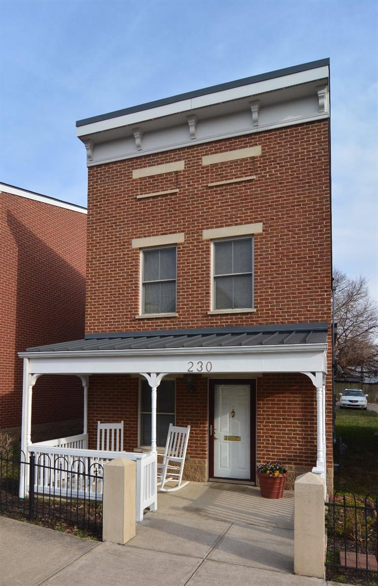 real estate photo 1 for 230 W 8th St Newport, KY 41071