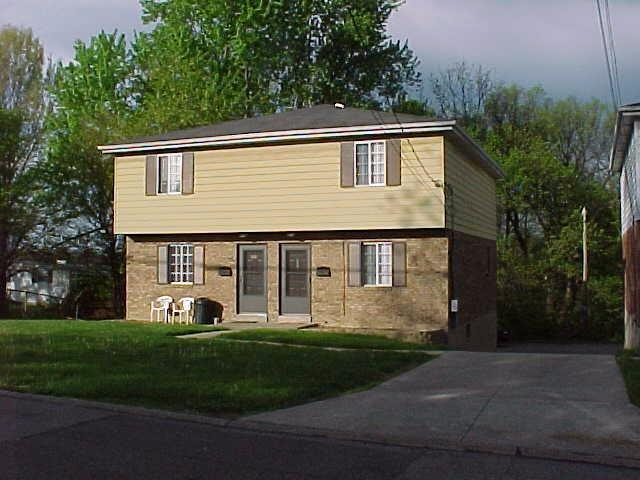 real estate photo 1 for 822 824 Main St, 24 Elsmere, KY 41018