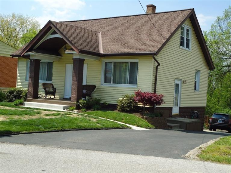 real estate photo 1 for 911 Lincoln Rd Dayton, KY 41074
