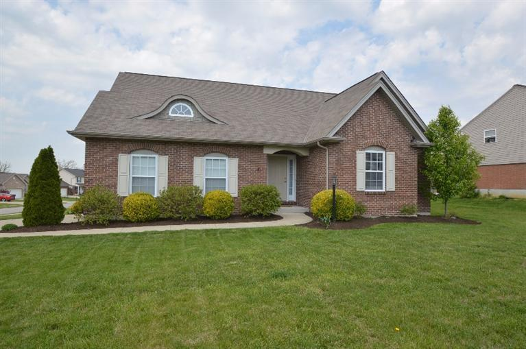 real estate photo 1 for 6627 Elgin Ct Burlington, KY 41005