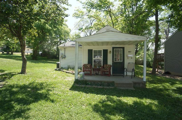real estate photo 1 for 563 Palace Ave Elsmere, KY 41018
