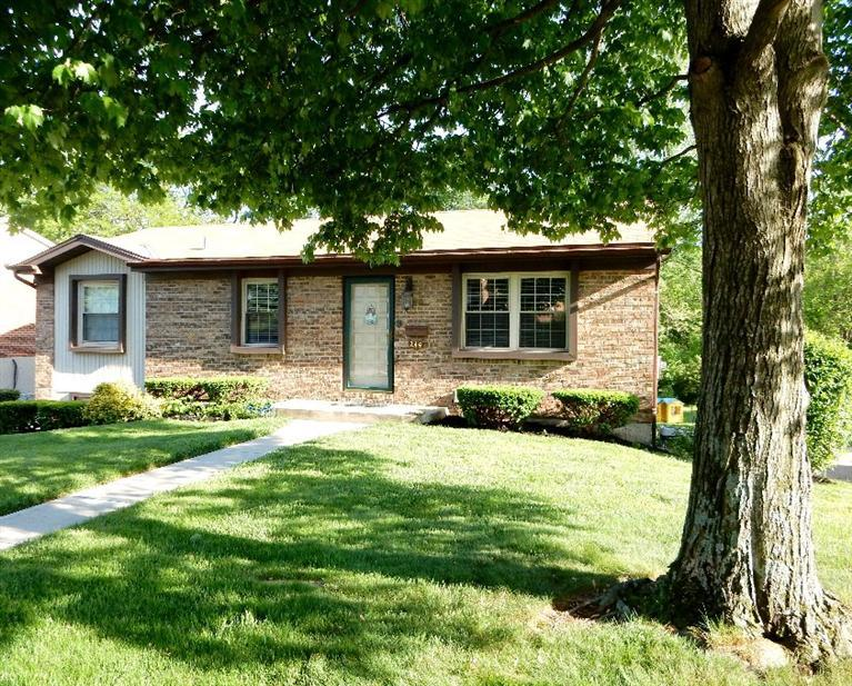 real estate photo 1 for 244 Merravay Dr Florence, KY 41042