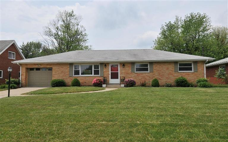 real estate photo 1 for 810 Kenridge St Villa Hills, KY 41017