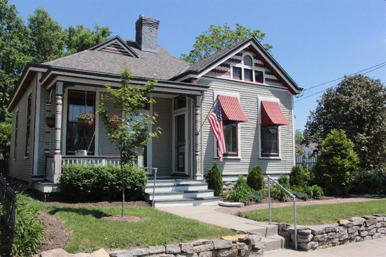 real estate photo 1 for 214 E Southern Ave Covington, KY 41015
