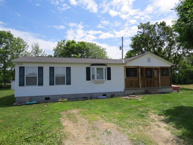 real estate photo 1 for 294 Red Barn Rd Falmouth, KY 41040