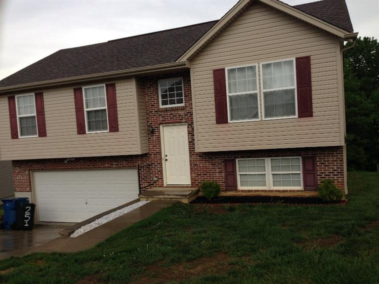 Photo 1 for 251 Redwood Dr Dry Ridge, KY 41035