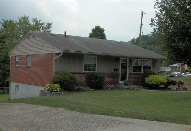 real estate photo 1 for 236 Blossom Ln Southgate, KY 41071