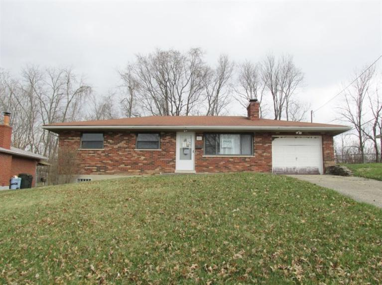 real estate photo 1 for 602 Perimeter Dr Erlanger, KY 41018