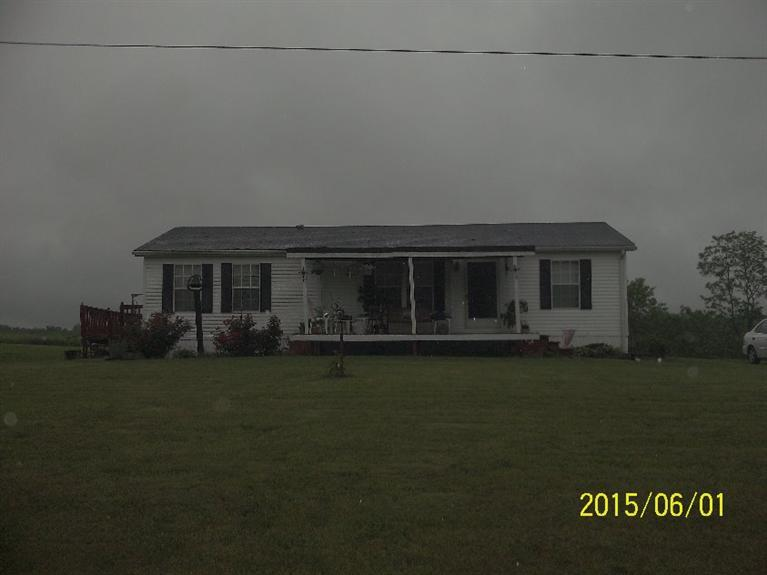 real estate photo 1 for 187 Robertson Rd Williamstown, KY 41097