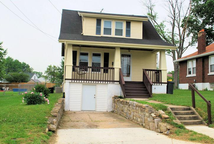 Photo 1 for 22 Park Ave Elsmere, KY 41018