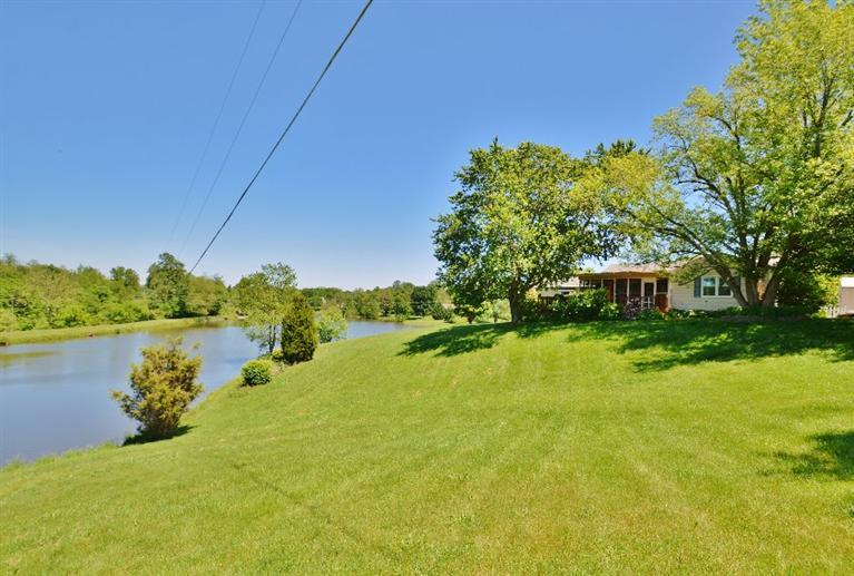 real estate photo 1 for 3651 Green Rd Burlington, KY 41005