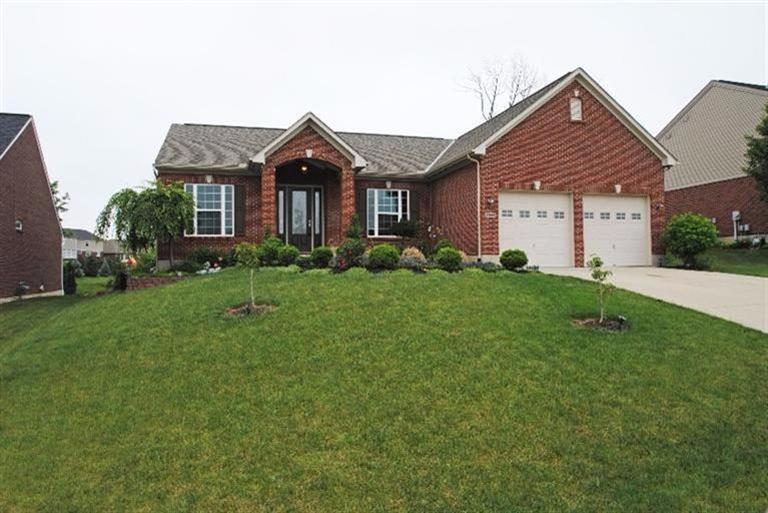real estate photo 1 for 2356 Oakview Ct Hebron, KY 41048