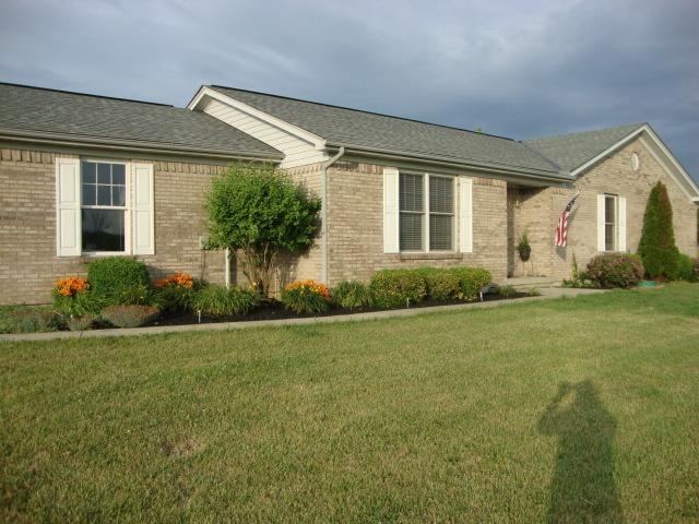 real estate photo 1 for 4950 Heekin Lawrenceville Rd Williamstown, KY 41097