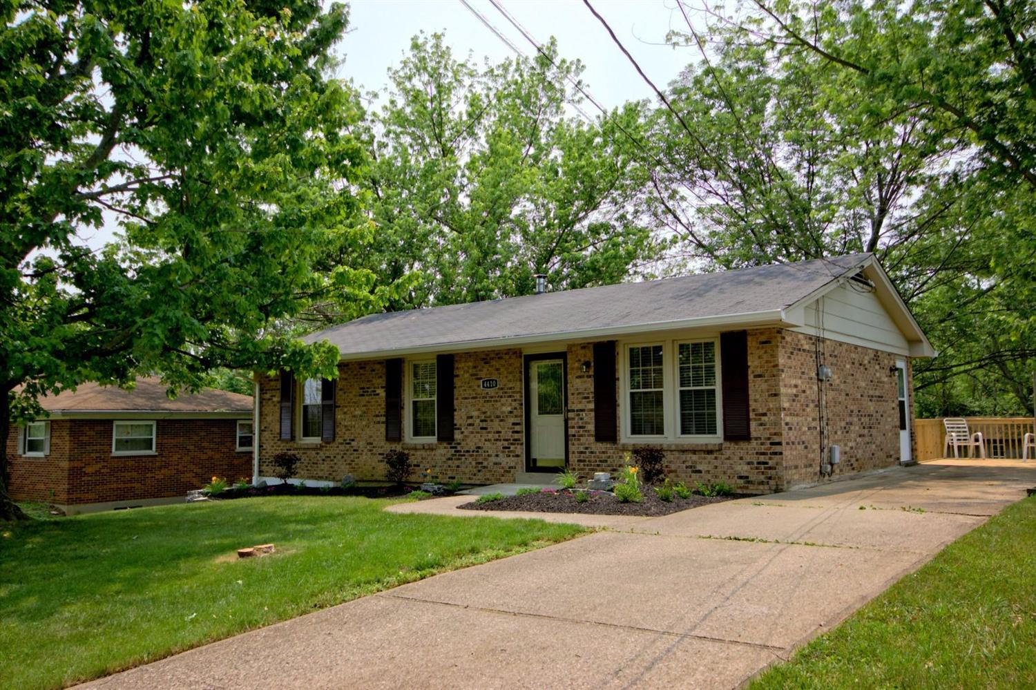 real estate photo 1 for 4410 Saint Francis Dr Independence, KY 41051