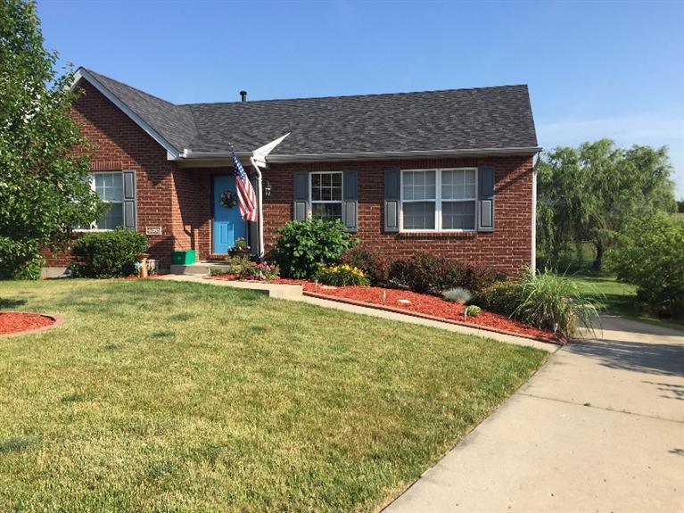 real estate photo 1 for 4381 Siffel Ct Covington, KY 41017