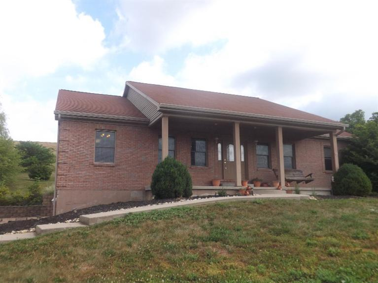 real estate photo 1 for 3054 Fender Rd Melbourne, KY 41059