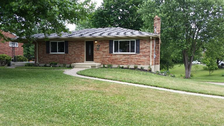 real estate photo 1 for 74 Carran Dr Lakeside Park, KY 41017