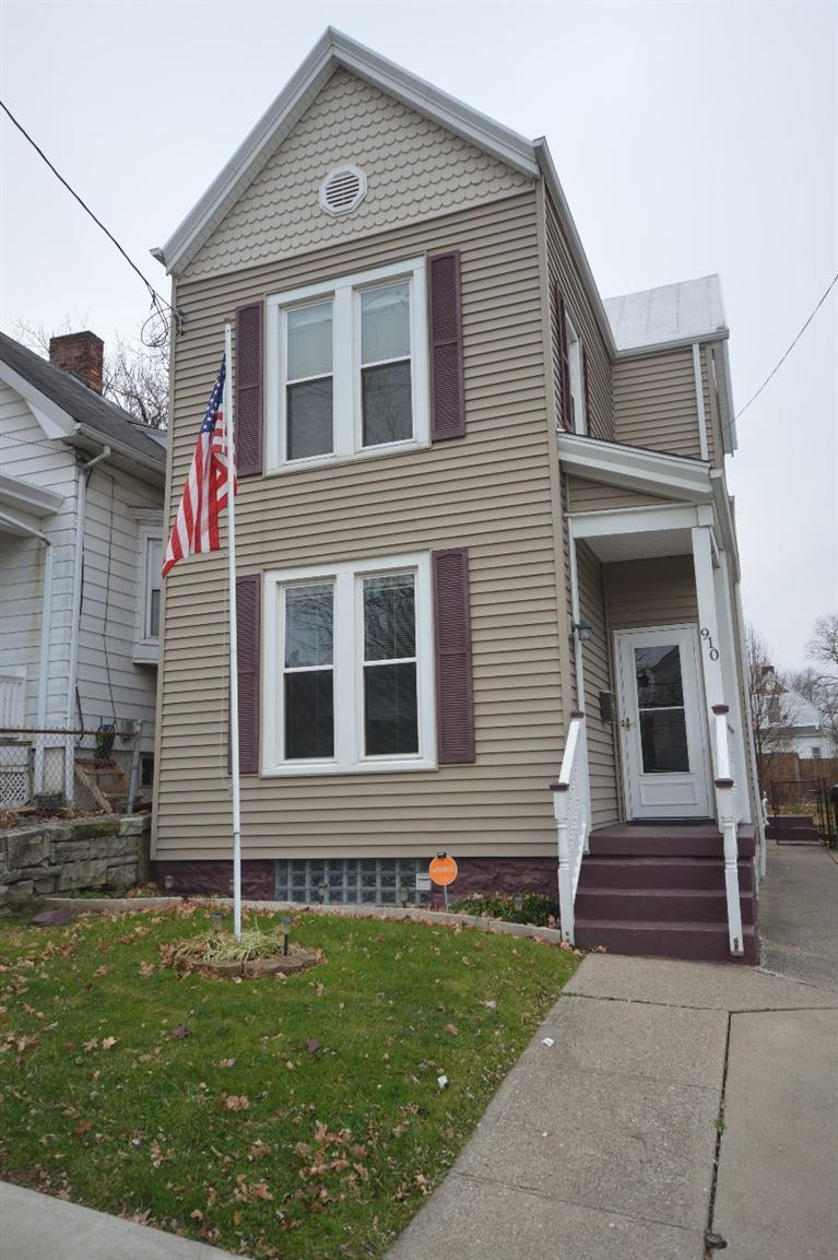 real estate photo 1 for 910 Walnut St Dayton, KY 41074